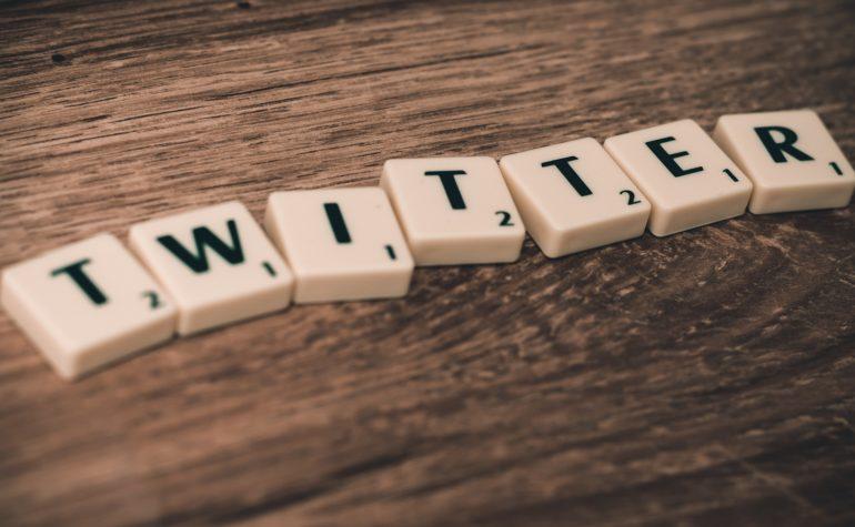 Twitter, cosa ci combini?