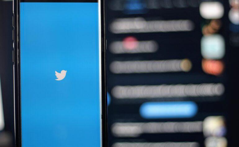 Birdwatch: cos'è e come funziona la risposta di Twitter contro la disinformazione